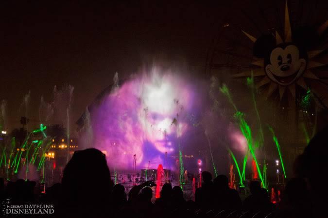 [Disney California Adventure] Le show nocturne World of Color (11 juin 2010) - Page 9 IMG_9709