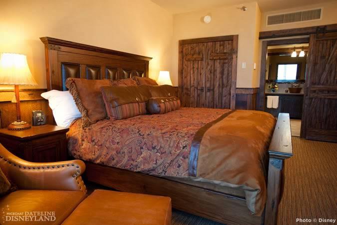 [Disneyland Hotel] Rénovation totale et nouvelles suites - Page 4 6_11_DLRH_9001