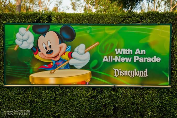 [Disneyland Park] Mickey's Soundsational Parade (2011) - Page 4 IMG_6779