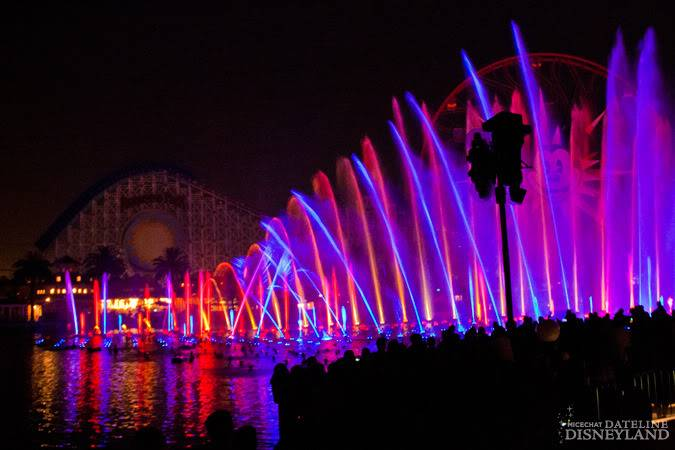 [Disney California Adventure] Le show nocturne World of Color (11 juin 2010) - Page 9 IMG_7517