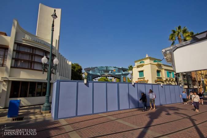 [Disney California Adventure] ElecTRONica (08/10/10 - 15/04/12) - Page 2 IMG_2872