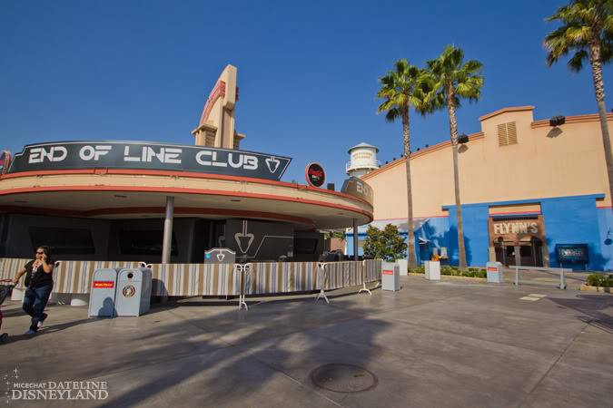 [Disney California Adventure] ElecTRONica (08/10/10 - 15/04/12) - Page 2 IMG_2884