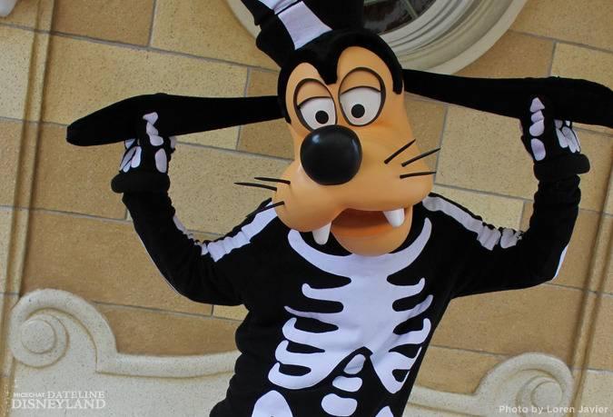 [Disneyland Resort] Halloween Time 2011 - Page 2 6154381562_0758b84aab_o