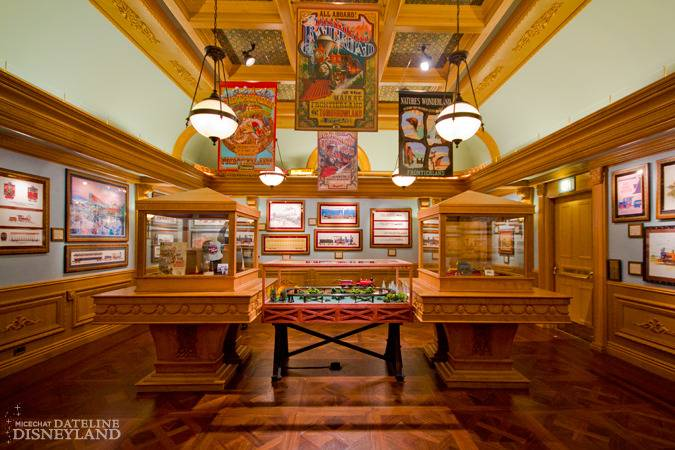 """[Disneyland]The Disney Gallery - Exposition """"All Aboard"""" IMG_8346-2"""