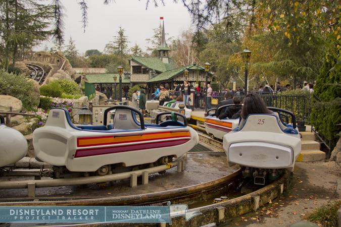 [Disneyland Park] Matterhorn Bobsleds (1959) IMG_4039