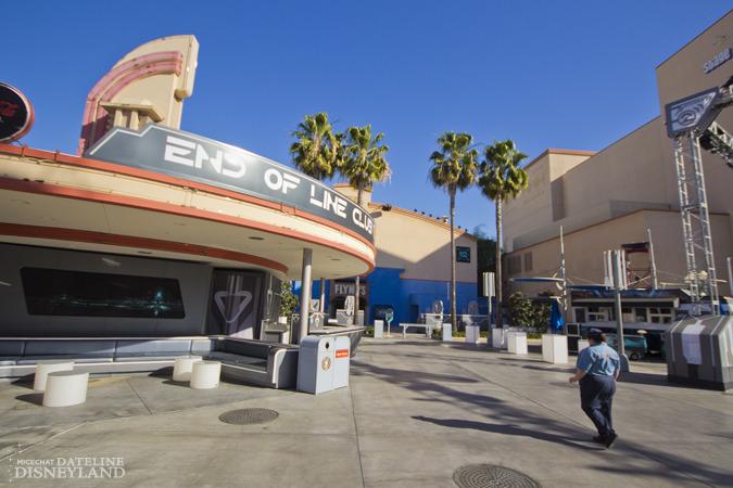 [Disney California Adventure] Mad T Party (officiellement à partir du 15 juin 2012 mais dès les 25 mai 2012) IMG_5077