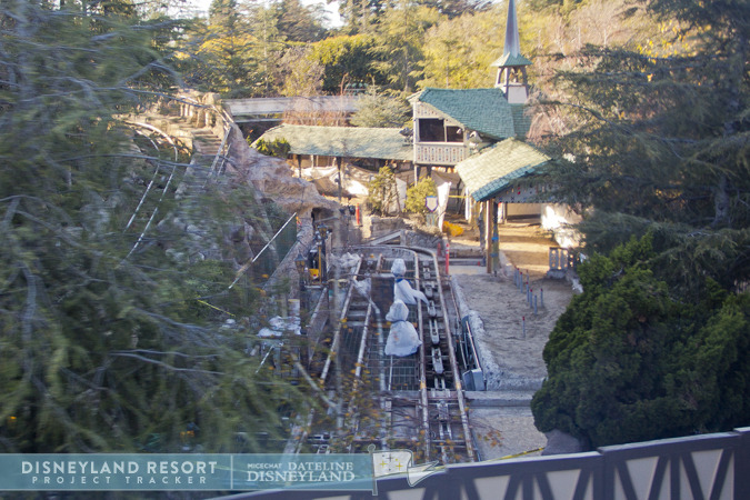 [Disneyland Park] Matterhorn Bobsleds (1959) IMG_7275