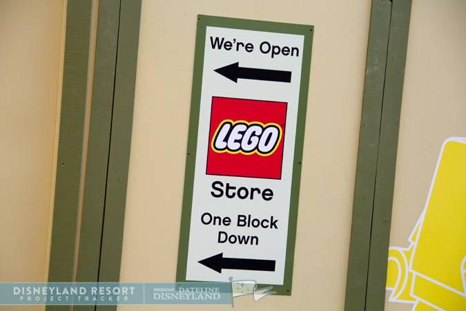 [Walt Disney World et Disneyland Resorts] Ouverture des nouveaux Lego Imagination Centers (2011 et 2012) IMG_7513