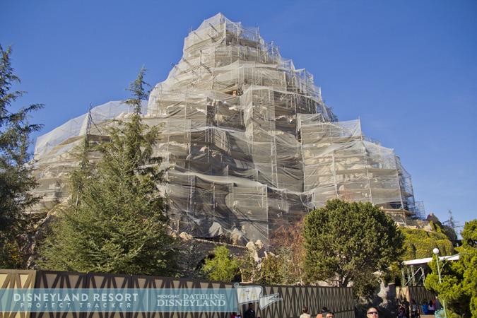 [Disneyland Park] Matterhorn Bobsleds (1959) IMG_8506