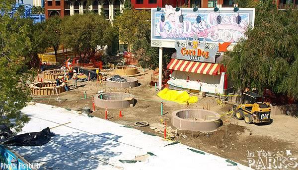 [Disney California Adventure] Placemaking: Pixar Pier, Buena Vista Street, Hollywood Land, Condor Flats - Page 4 P1010608