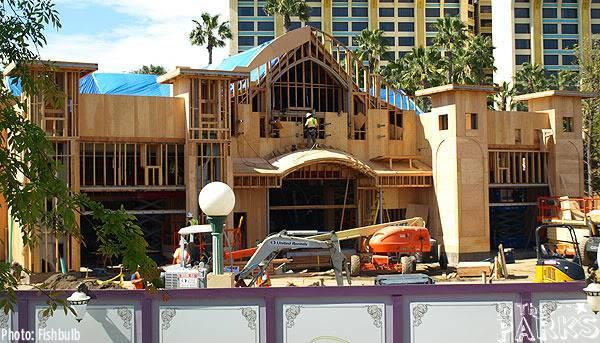 [Disney California Adventure] Placemaking: Pixar Pier, Buena Vista Street, Hollywood Land, Condor Flats - Page 4 P1010628