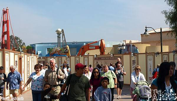 [Disney California Adventure] Placemaking: Pixar Pier, Buena Vista Street, Hollywood Land, Condor Flats - Page 5 P1012990