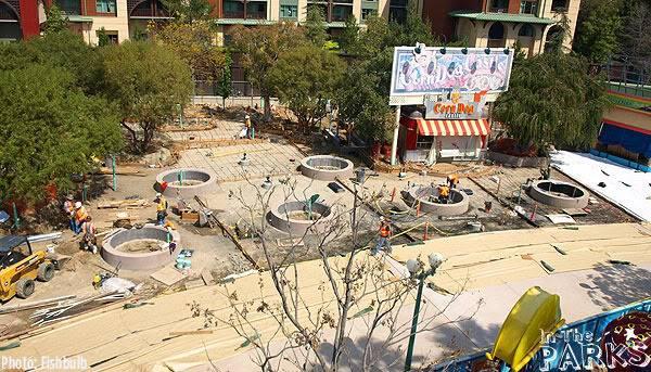 [Disney California Adventure] Placemaking: Pixar Pier, Buena Vista Street, Hollywood Land, Condor Flats - Page 5 P1013059