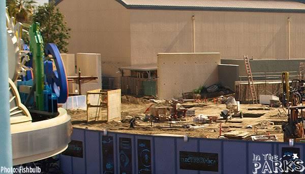 [Disney California Adventure] Placemaking: Pixar Pier, Buena Vista Street, Hollywood Land, Condor Flats - Page 5 P1013261a