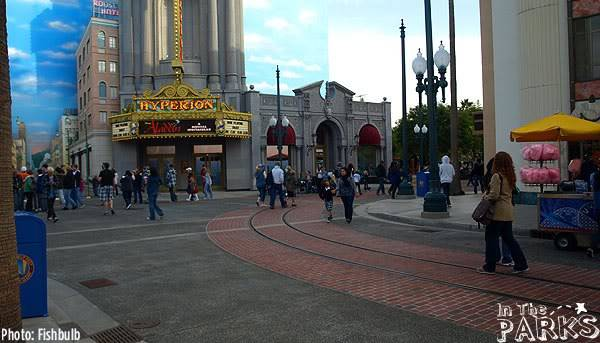 [Disney California Adventure] Placemaking: Pixar Pier, Buena Vista Street, Hollywood Land, Condor Flats - Page 3 P1012108
