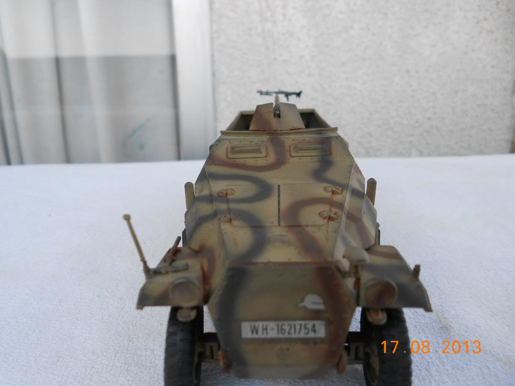 Hanomag sdkfz 251/1 tamiya 1/35 002_zps051e4929