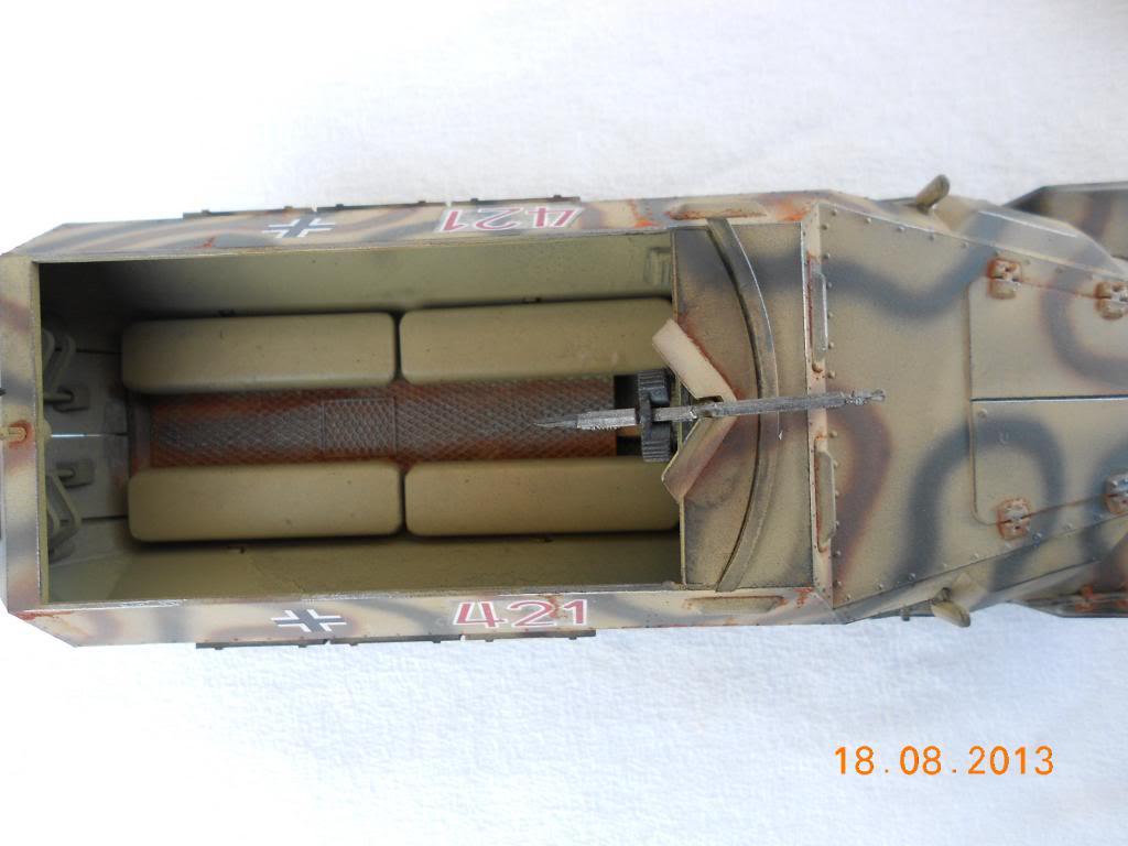 Hanomag sdkfz 251/1 tamiya 1/35 007_zpse1a1538d