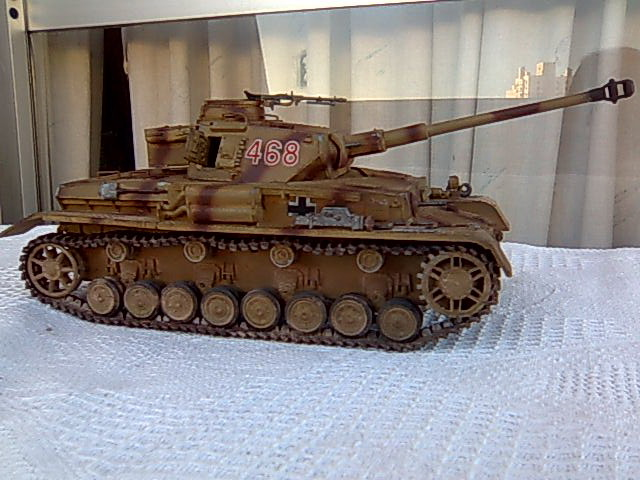 Panzer IV 1/35 academy Imagem0005_zps22801c07