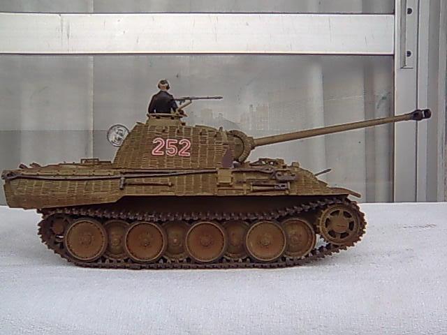 Panther ausf A 1/35 Tamiya Imagem001_zps47285f23