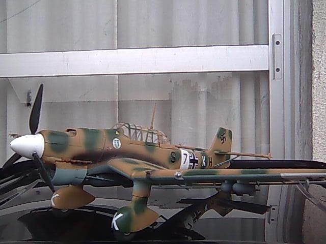JU-87 1/32 revell Imagem0032_zps14bd05dd