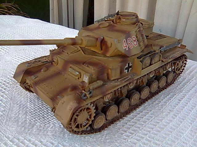 Panzer IV 1/35 academy Imagem0063_zps41145b2b
