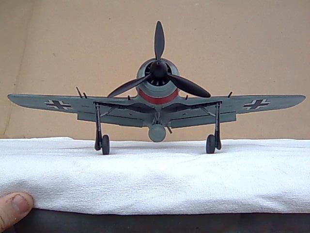 Focke wulf 190 1/32 Hasegawa Imagem007_zps438c15d0
