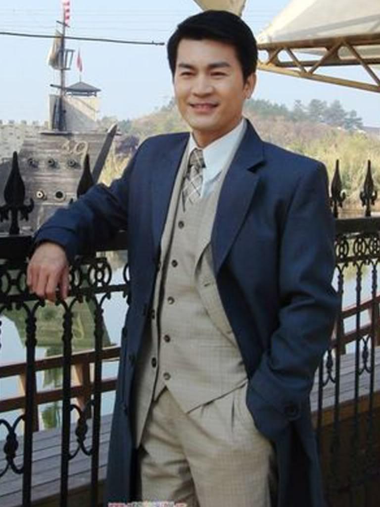 Huỳnh Văn Hào - Howie Huang 黃文豪 Chanphong5