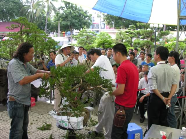Lo Min Hsuan demonstration in HoChiMinh city VNT_LMH5