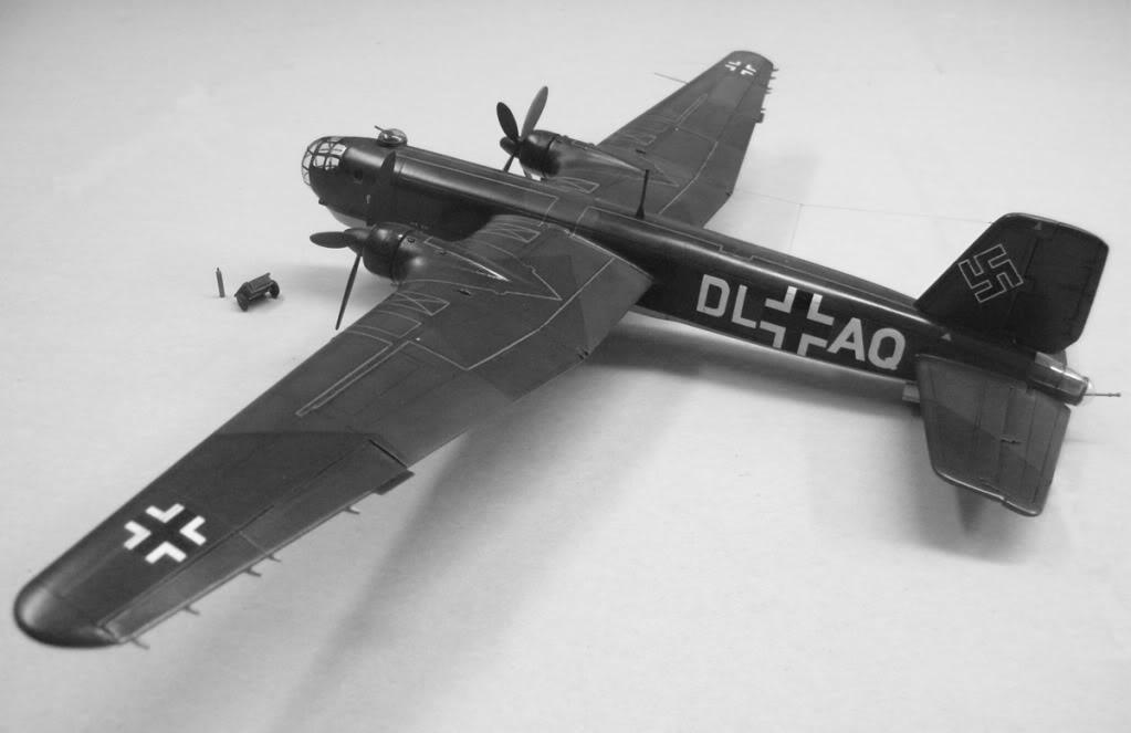 Heinkel He177 A-02 - Conversion from Venerable Airfix Kit F0BWRepro
