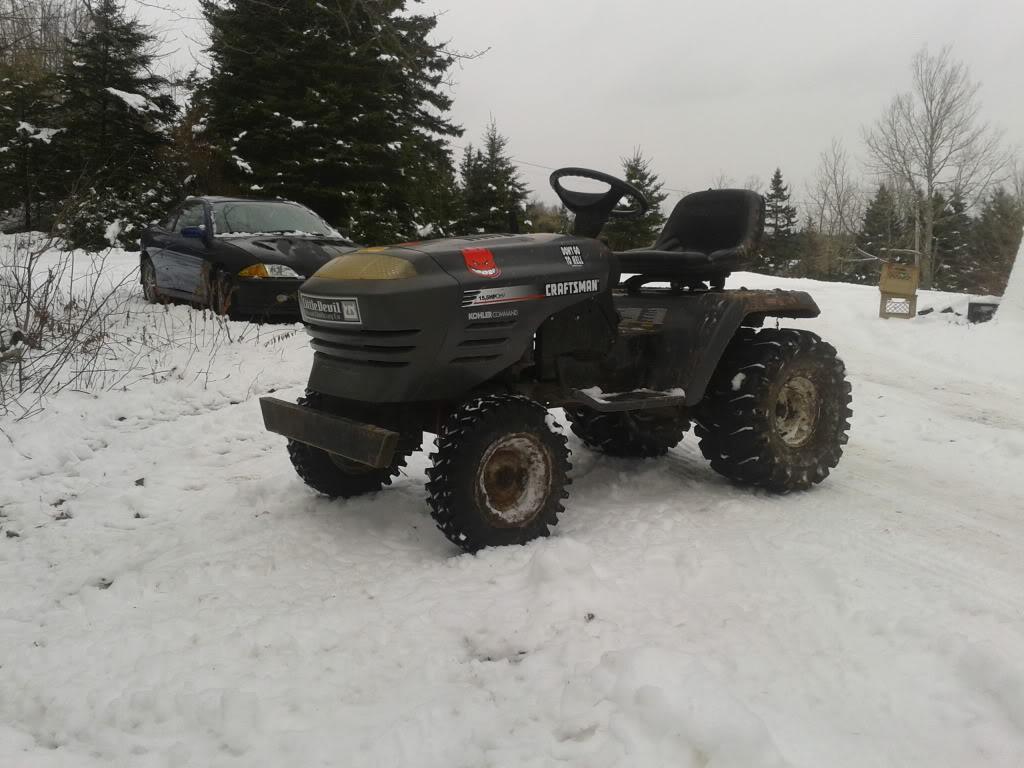 Post your 2011- 2012 snow pics. 2011-12-26124329