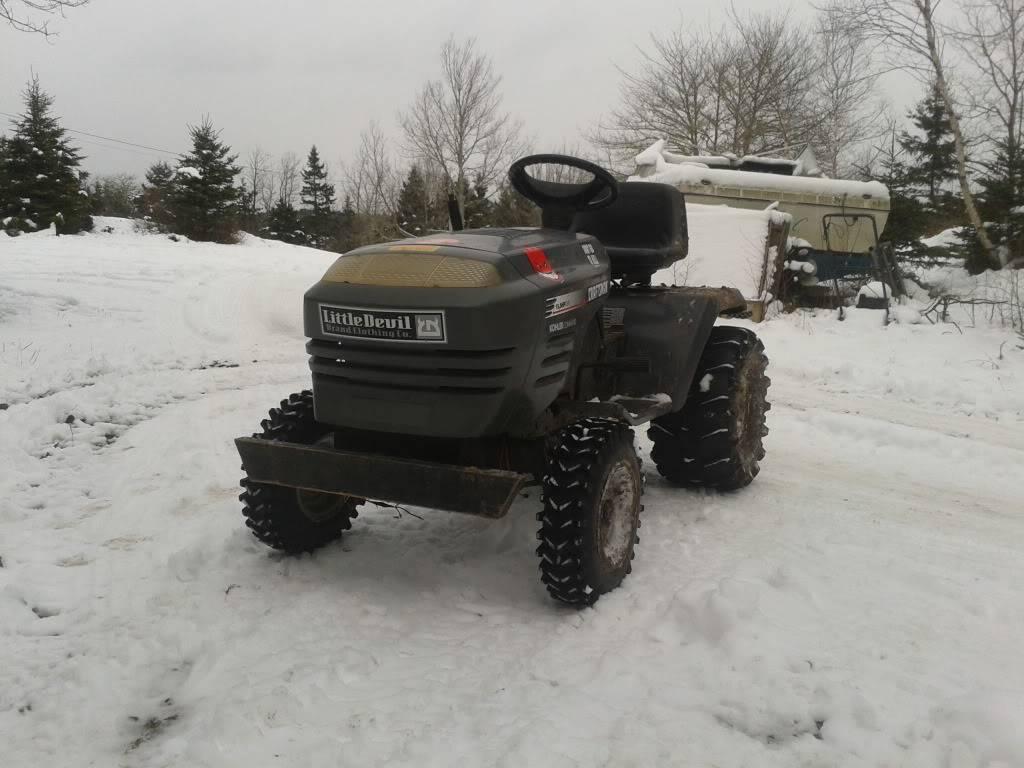 Post your 2011- 2012 snow pics. 2011-12-26124337