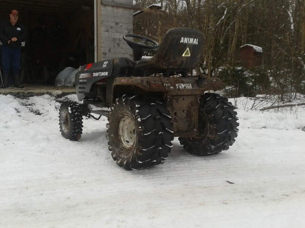 Post your 2011- 2012 snow pics. 2011-12-26124348