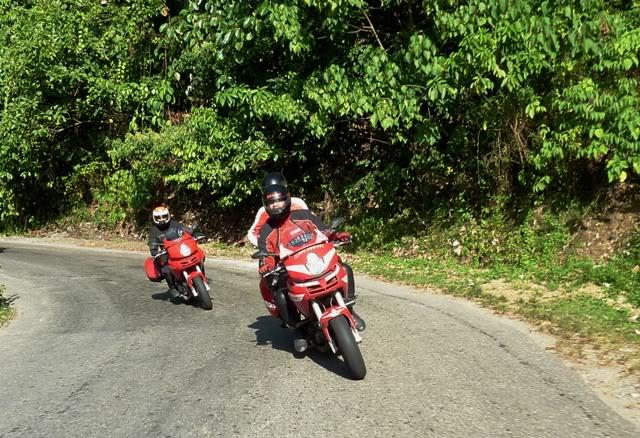 Ducati Ride: Bengkulu-Bukit Tinggi 2009 P1000311a