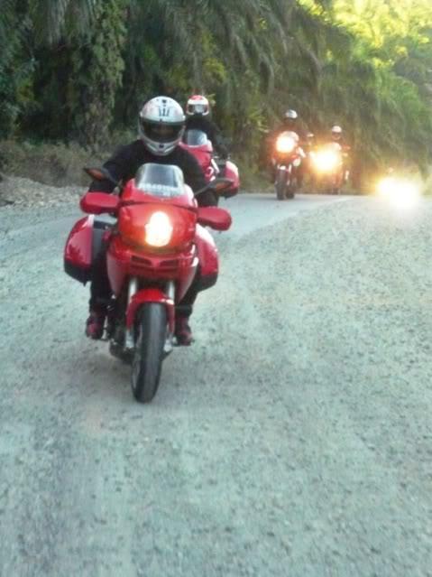 Ducati Ride: Bengkulu-Bukit Tinggi 2009 P1010525
