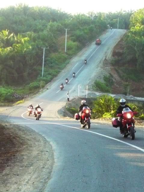 Ducati Ride: Bengkulu-Bukit Tinggi 2009 P1010527