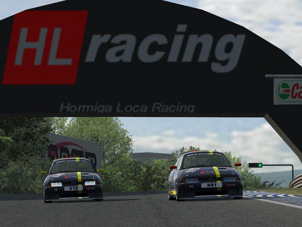HL Racing presenta su equipo para el NGT 2016 Lfs_00000114_zpskeuerrwy