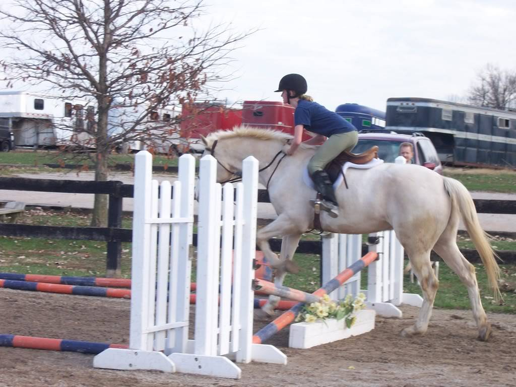 Various riding/confo pics/vids 100_4945