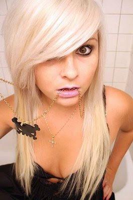 Dillilah cora kennington Blonde_emo_girl