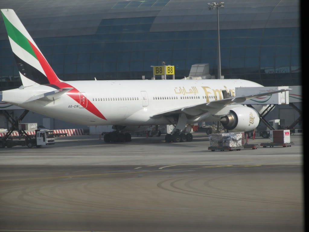 D2-TED DXB-LAD IMG_0291