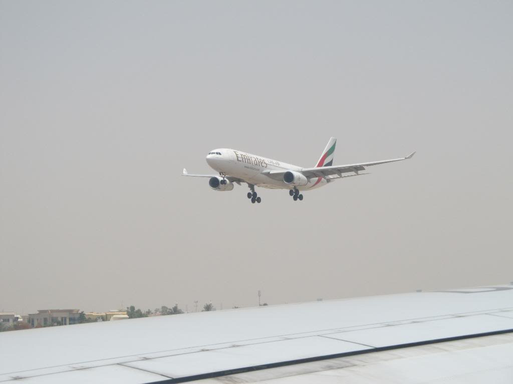 D2-TED DXB-LAD IMG_0311