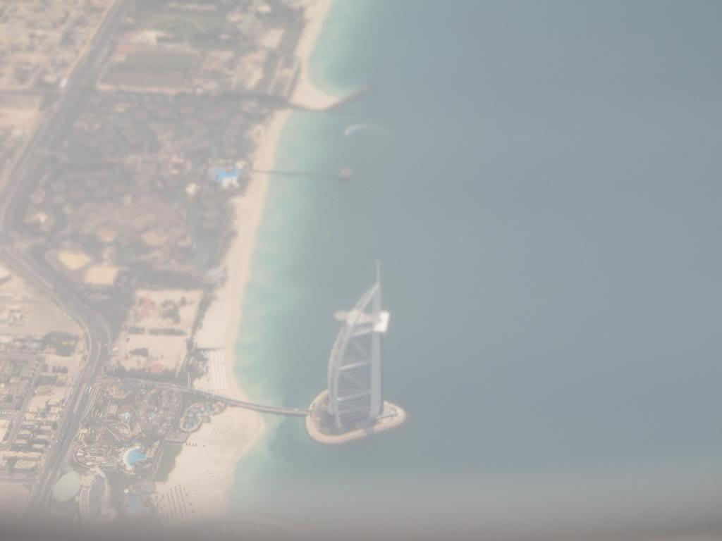 D2-TED DXB-LAD IMG_0317