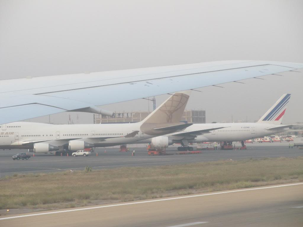 D2-TED DXB-LAD IMG_0330