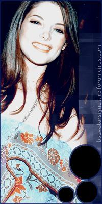 Ashley Greene Annie02