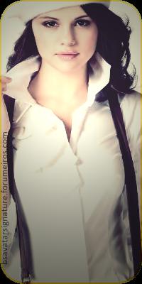 Selena Gomez  Roxy02