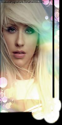 Christina Aguilera Semttulo1