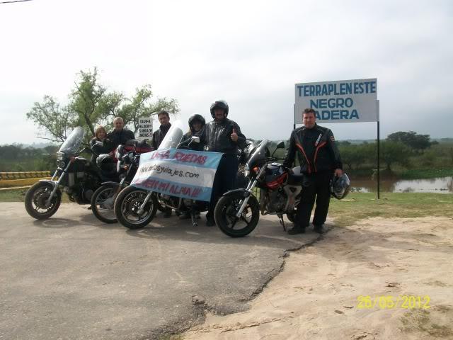 Finde /amigos, motos, rutas y mucha gastronomia 100_4001