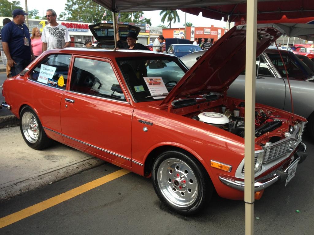 Auto show carros antiguos Bayamon 1634DD06-4A75-442F-8D57-5D2F77757AB7-1087-000000AEB4C1D980_zpsf05b9005