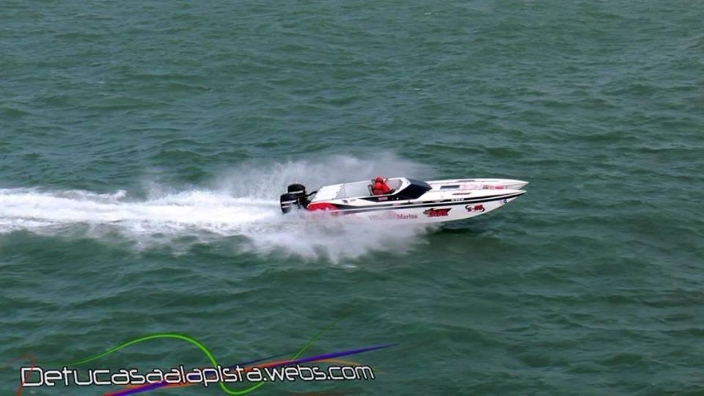 Cataño Offshore Grand Prix 846D36E5-51D8-43F1-8133-D646E6569379-2041-0000016DC12E1006_zps4557310a
