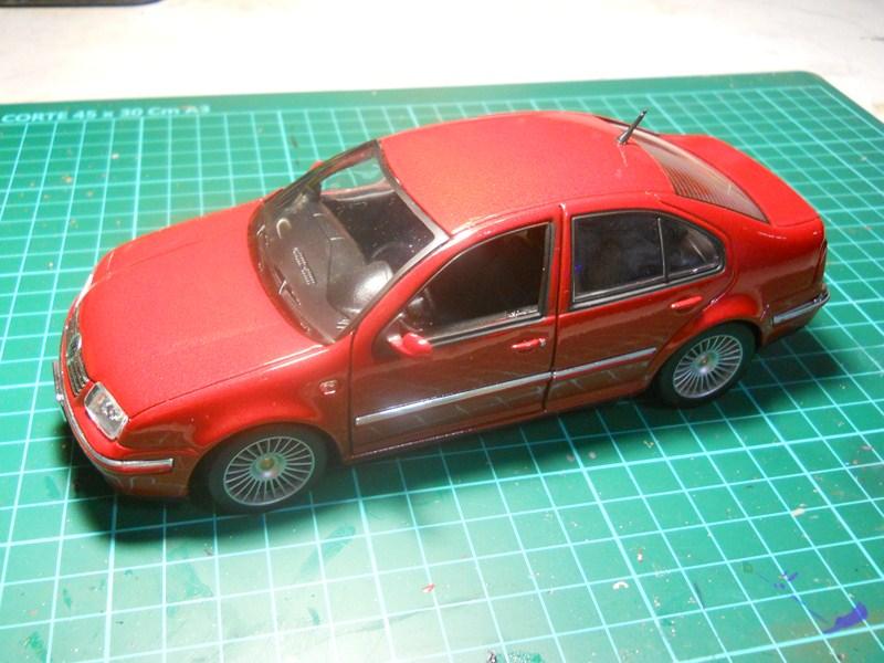 VW BORA 1/24 DSCN3766800x600_zps57c988e2