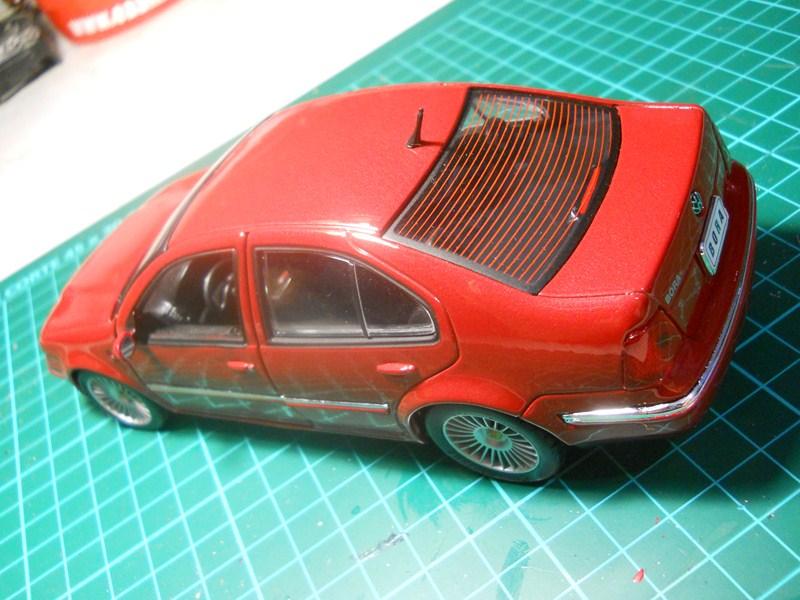 VW BORA 1/24 DSCN3773800x600_zps53961f90